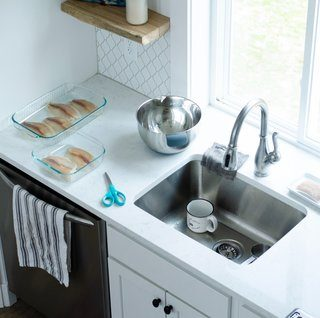 How To Easily Clean A Stainless Steel Sink