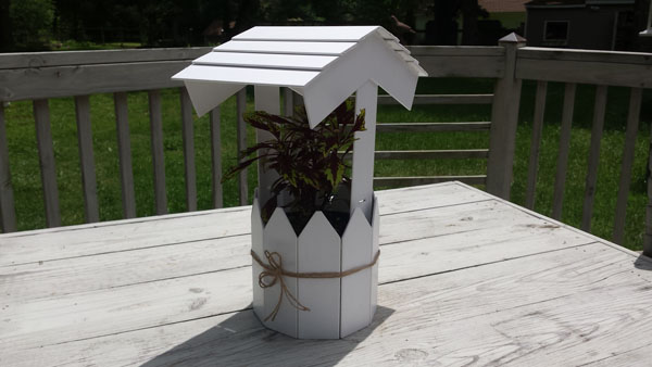 Decorative Well Planter