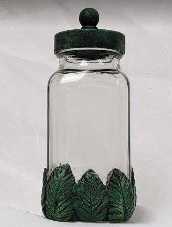 Spice Jar Leaves